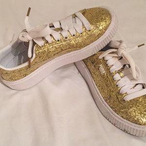 women's puma gold sneakers